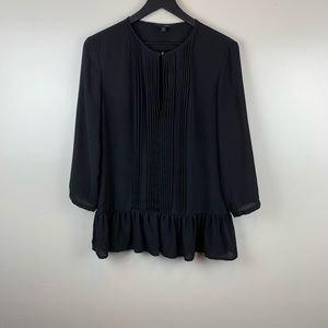 Banana Republic 3/4 Sleeve Black Pleated Blouse